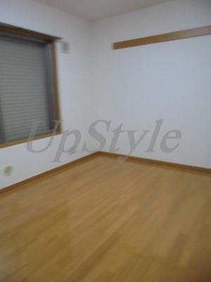 【居間・リビング】210アパートメントB