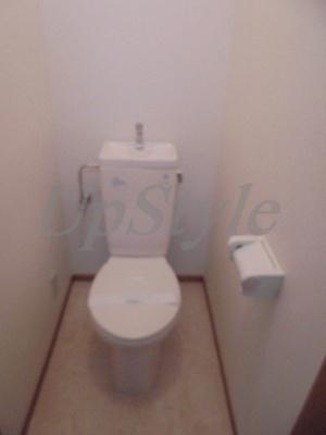 【トイレ】210アパートメントB