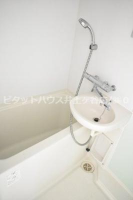 【浴室】リヴシティ横濱新川町