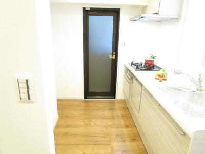 キッチンの空間も広く取れてます。