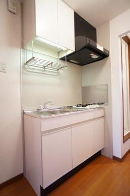 キッチンには1口ガスコンロが付いてます♪