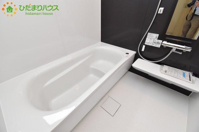 【浴室】伊奈町栄 第1 新築一戸建て リーブルガーデン 03