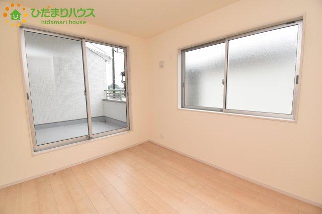【洋室】伊奈町栄 第1 新築一戸建て リーブルガーデン 03