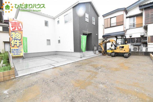 【前面道路含む現地写真】伊奈町栄 第1 新築一戸建て リーブルガーデン 03