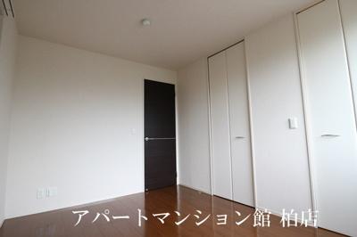 【洋室】セントラルアヴェニュー A