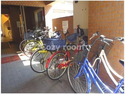 ここにも自転車置き場があります。