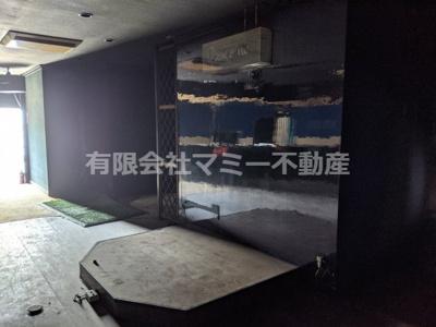 【内装】大矢知町店舗2号棟O