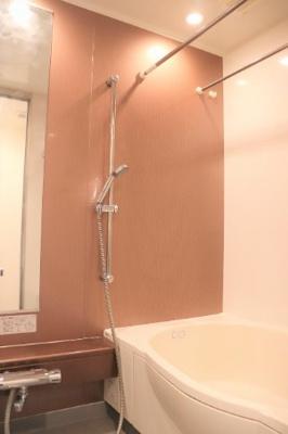 【浴室】アクティス中目黒トリアード