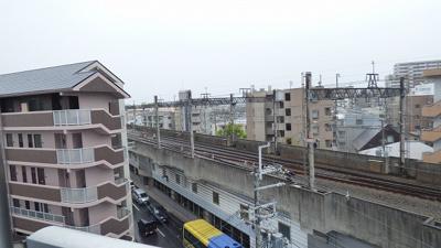 阪急電車が見えます