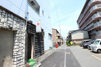 【周辺】ニュー阪急フロントビル