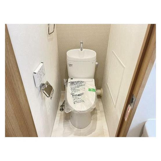 シンプルで使いやすいトイレです ウォッシュレット一体型便器