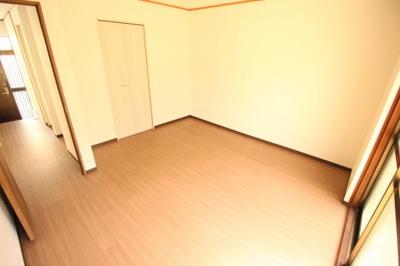 【洋室】山本町北2丁目戸建 テラスハウス