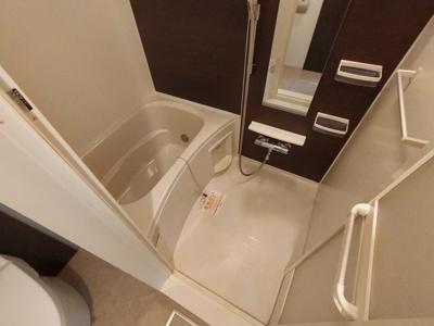 【浴室】ヴィラ・サヤマⅢ