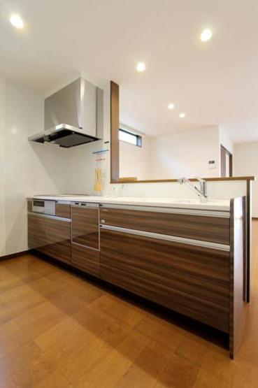使い勝手のいいシステムキッチンには食洗器がついております♪