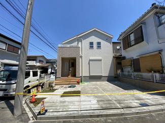 東葉高速線/新京成線「北習志野」駅バス10分刈米停歩8分の全1棟の新築一戸建てです。新京成線「高根木戸」駅は徒歩26分です。