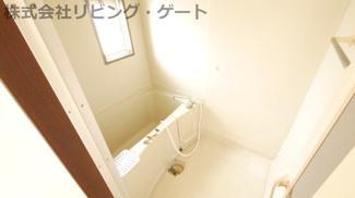 お風呂には窓があり換気出来ます!カビ対策もばっちりですね。