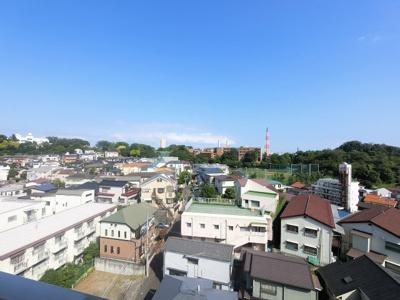 10階部分からの眺望です。 前面に建物がなく開放感◎