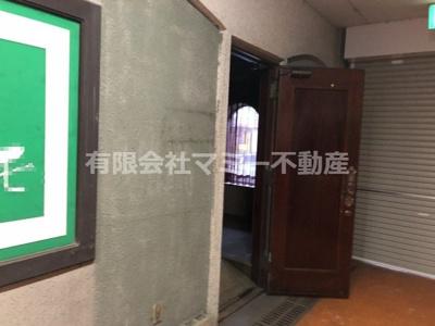 【玄関】大矢知町店舗3号棟O
