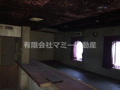 【内装】大矢知町店舗3号棟O