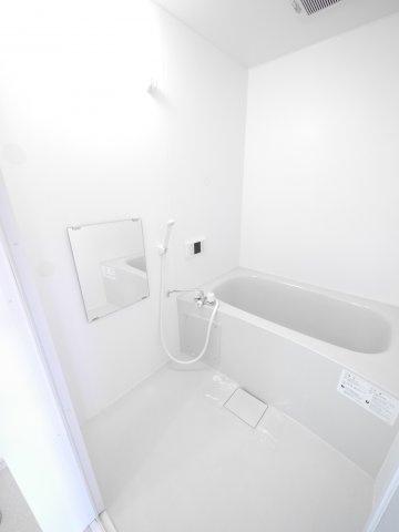【浴室】クリザンテーモ