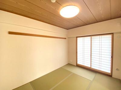 ゆったりくつろげる和室となっております!