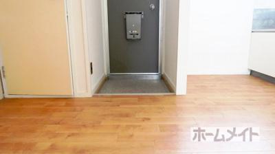 【玄関】長谷川コーポ C棟