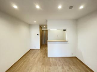 スピーカー内臓ダウンライトが贅沢な空間を演出します