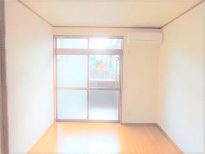 【居間・リビング】エステート長津田2
