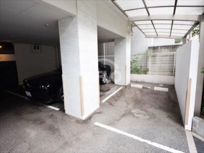 エルミタージュ難波南Ⅰ駐車場