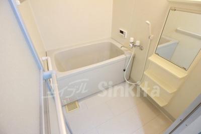 【浴室】プルメリア東三国ウエスト