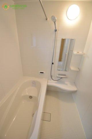 【浴室】西区西大宮2丁目 新築一戸建て 03