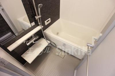 【浴室】ブライトキューブ