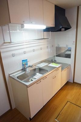 【キッチン】コンフォート(高野台)