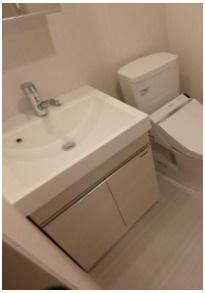 便利な独立洗面台(同一仕様)