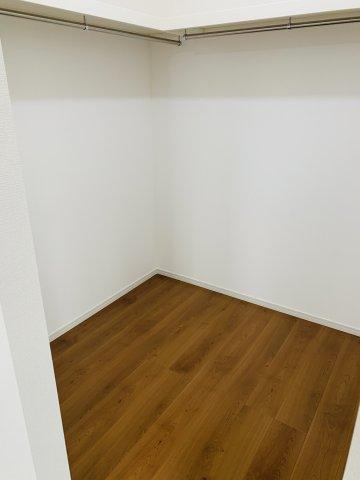 本日、建物内覧できます。住ムパルまでお電話下さい!