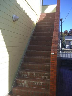 2F外階段