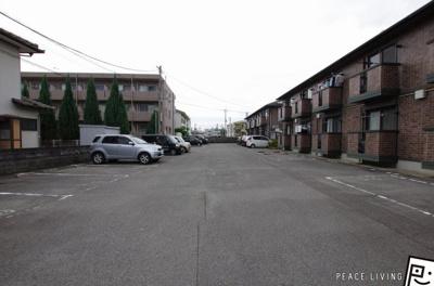 【駐車場】サニーガーデンB棟