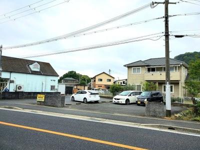 【駐車場】敷地面積:約245坪の収益マンション!