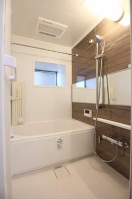 【浴室】友泉ナガオ