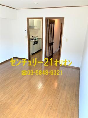 【居間・リビング】URUMA HEIGHTS(ウルマハイツ)-2階