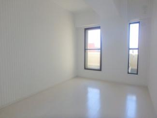 【洋室】ブルーシャトー板宿
