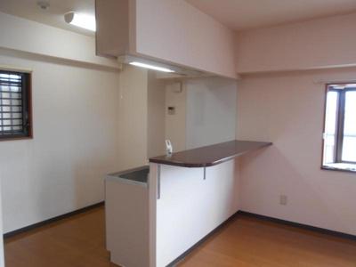 【キッチン】リバーサイドマンション