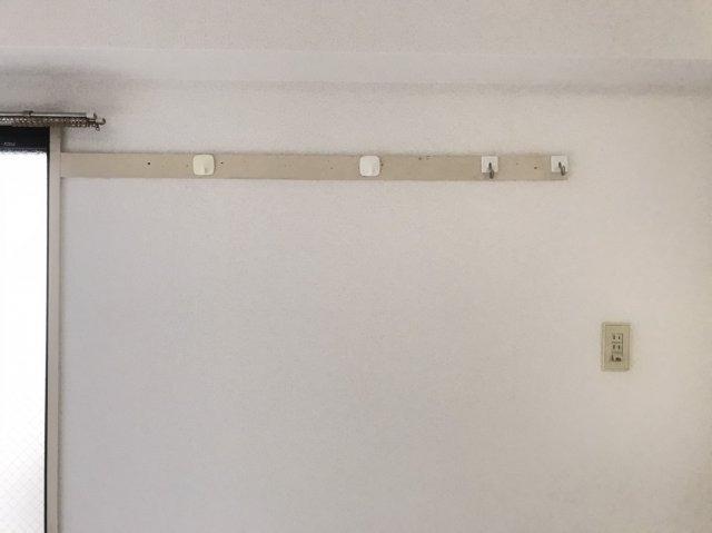 壁掛けハンガーも設置