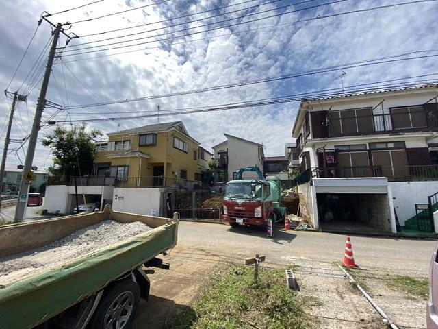 東葉高速線/新京成線「北習志野」駅バス12分刈米停歩7分のバス便もあります。