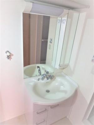 シャワー付き洗面台