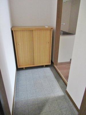 シューズボックス付きのきれいな玄関です