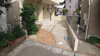 八千代市萱田町 中古戸建 八千代中央駅 駐車スペース1台分ございます。