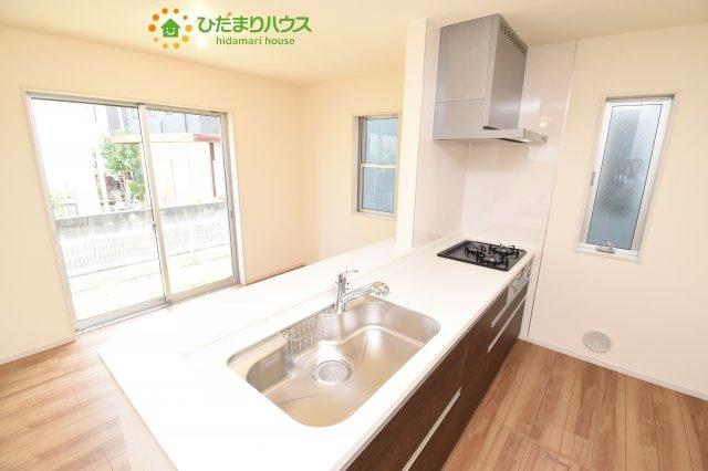 【キッチン】西区三橋6丁目 新築一戸建て リーブルガーデン 03