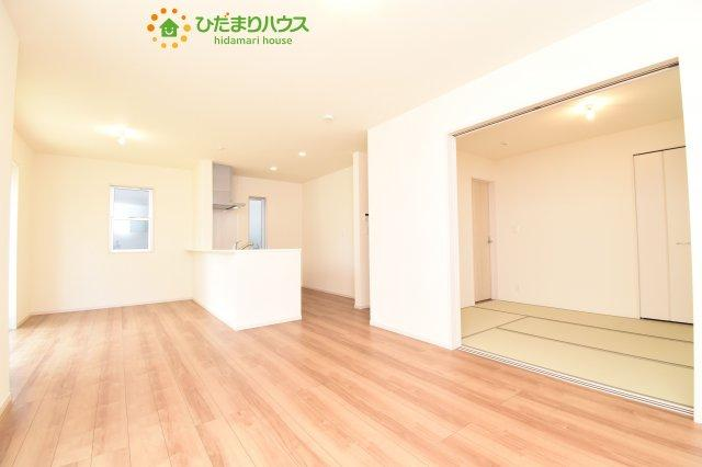 【居間・リビング】西区三橋6丁目 新築一戸建て リーブルガーデン 03