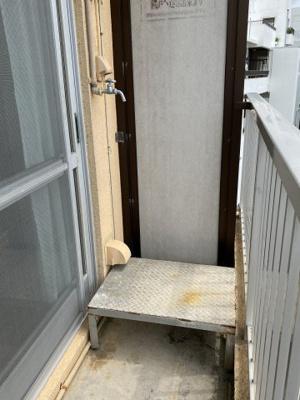 洗濯機置き場・ベランダ